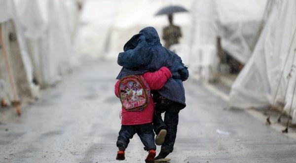 - Des enfants syriens dans le camp de réfugiés de Boynuyogun à la frontière turco-syrienne le 9 février 2012, REUTERS/Murad Sezer -